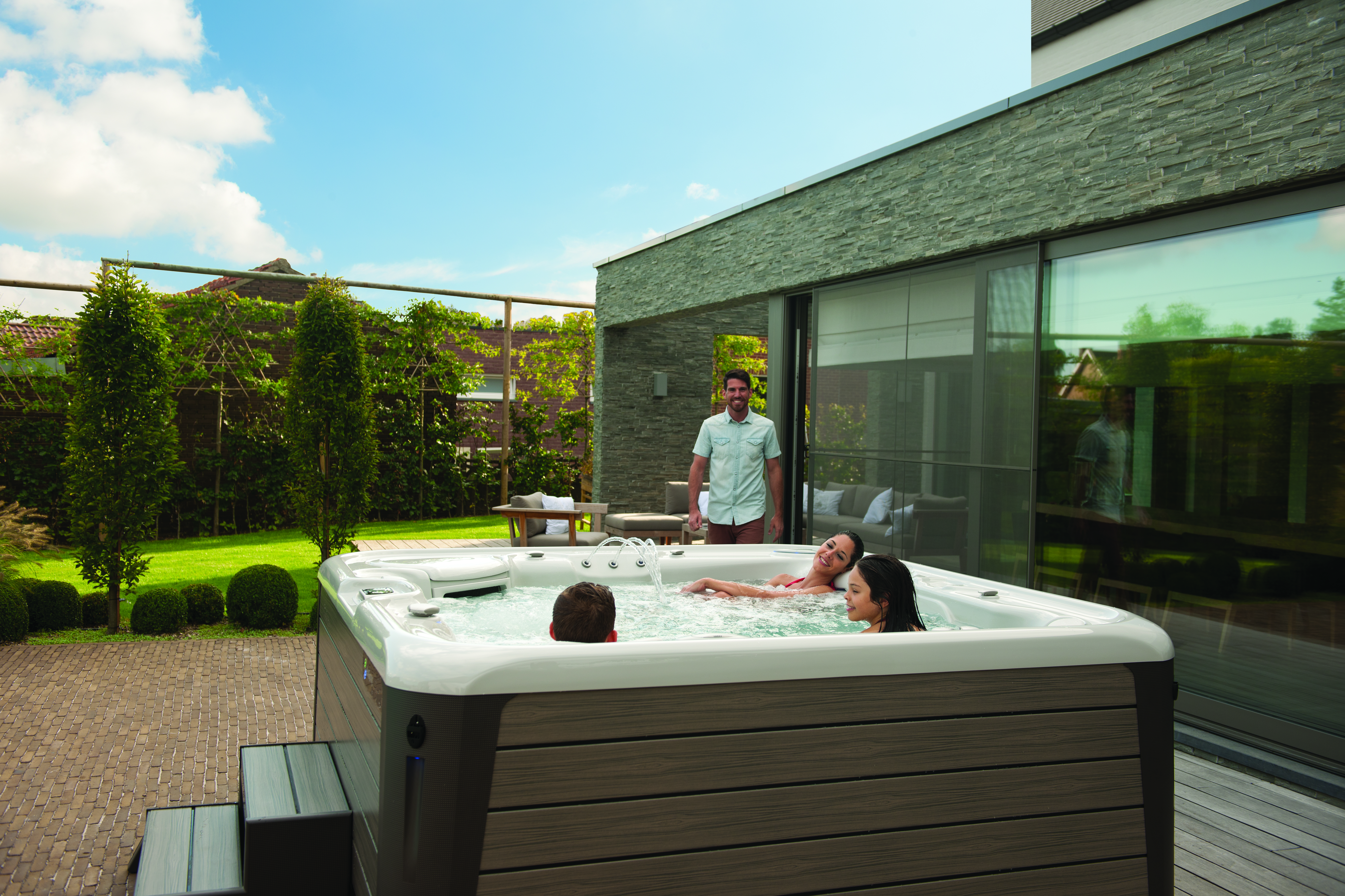 6 Best Arguments for Getting That Hot Tub