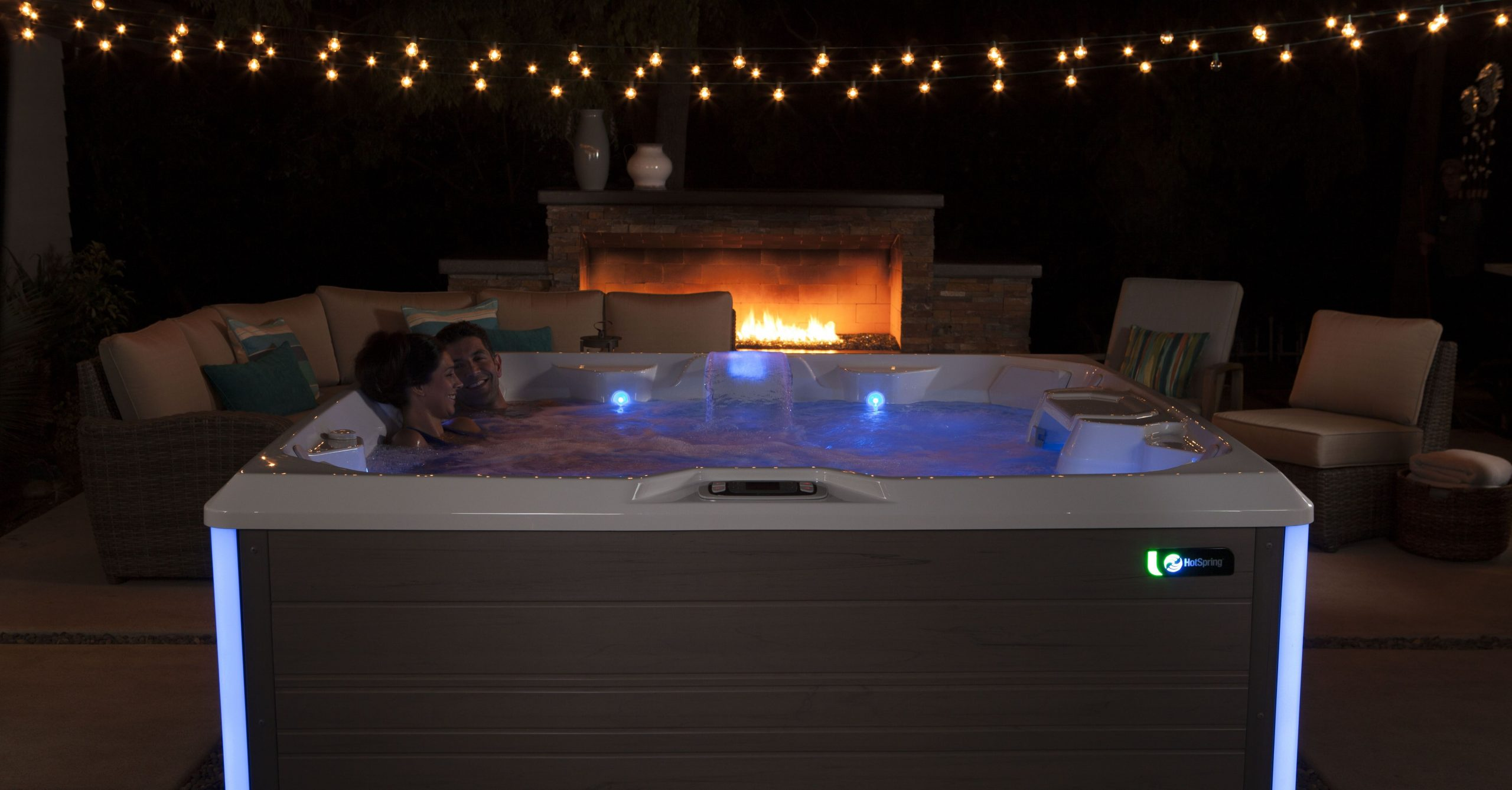 How to Create a Private Resort Vibe With a Hot Tub