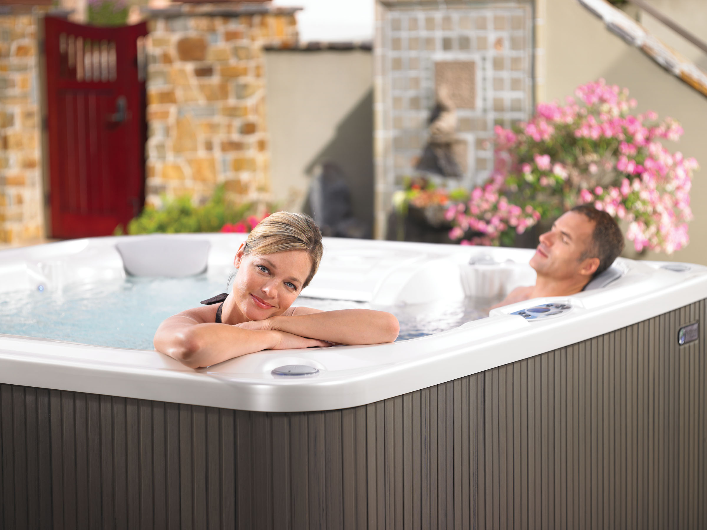 4 Hot Tub Ownership Benefits You Never Knew About